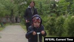 Ukrainian kidney-transplant candidate Zakhar Shklyar, 4, and his mother, Kateryna Shklyar