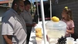 Малый бизнес для маленьких предпринимателей: американские дети зарабатывают на лимонаде