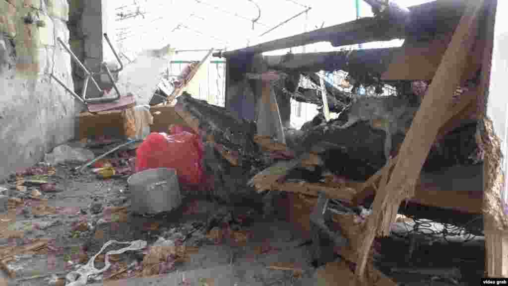 Разрушения в азербайджанском поселке Тертер в результате артиллерийского обстрела, 3 апреля 2016
