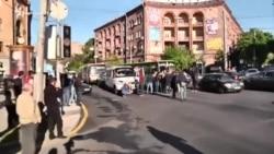 Протестующие в центре Еревана перекрыли движение транспорта: они против назначения Саргсяна премьером
