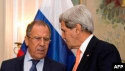 Джон Керри и Сергей Лавров на переговорах в Москве, февраль 2015 года