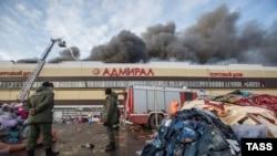 "Пожар в ТЦ ""Адмирал"" в Казани 11 марта 2015 года"