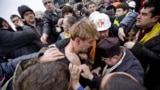 "Ukraine -- protesters interrogate suspected ""titushki"" - Kyiv, 22Feb2014"