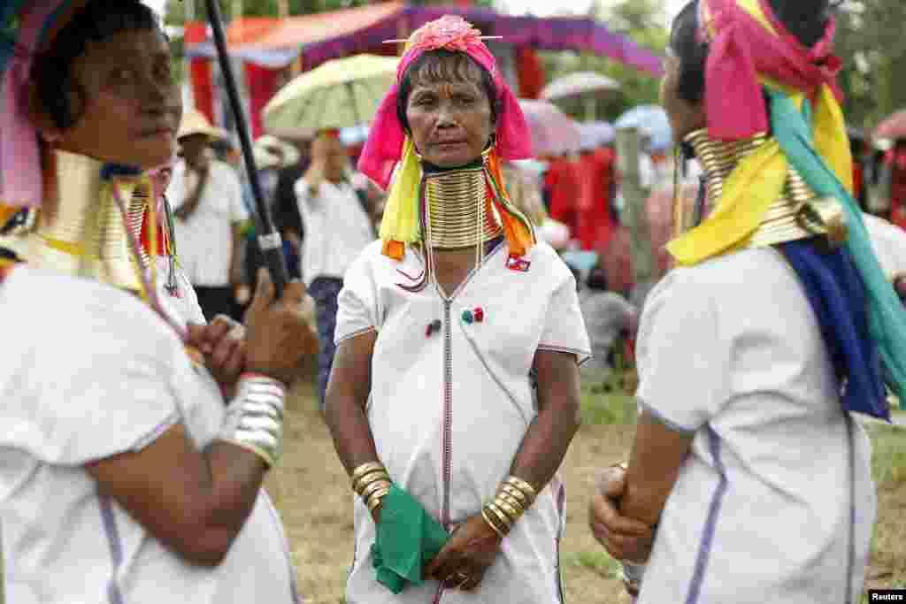 В настоящее время президентом страны является Тейн Сейн, преемник милитаристского правительства Мьянмы
