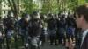 В Москве задержали журналиста Настоящего Времени Алексея Александрова. Позже его отпустили