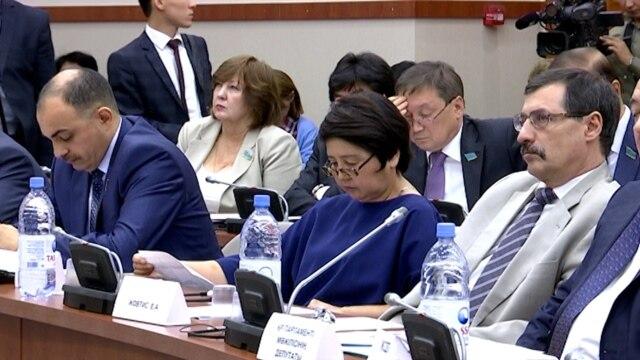 Programme: Власти Казахстана усложнили жизнь негосударственным организациям новым законопроектом – его полный текст прячут от общественности. В Кыргызстане более 10 лет матери детей с инвалидностью не могут добиться внимания со стороны государства