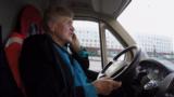 """Неизвестная Россия: """"Доброта"""" на колесах. 80-летняя блокадница помогает землякам"""