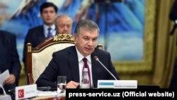 Президент Узбекистана Шавкат Мирзиёев на саммите в Бишкеке