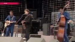 Критик Анна Наринская: Боб Дилан — это поэзия, у меня нет сомнений