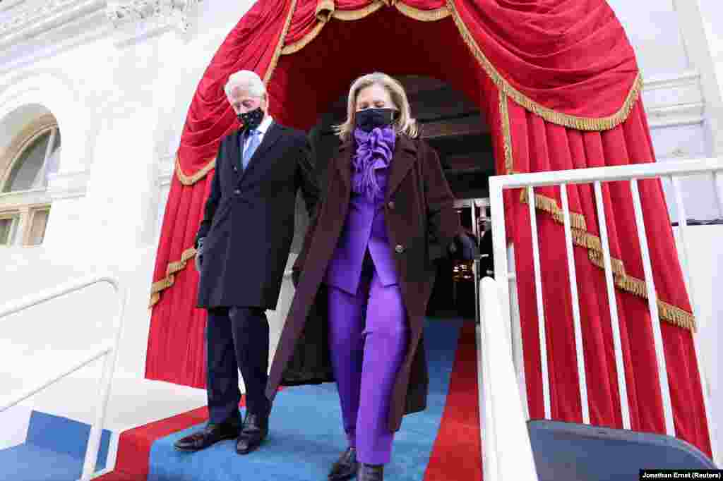 Бывший президент США Билл Клинтон и бывшая госсекретарь Хиллари Клинтон