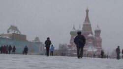 """""""Левада-Центр"""": больше половины россиян хотят отставки правительства"""