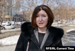 After losing her job as a tour guide, Yelena Teremshonok now earns just over $121 a month.