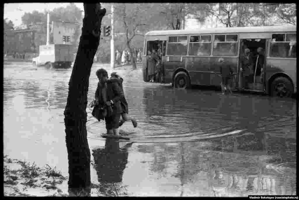Затопленные улицы Новокузнецка, 1984 год