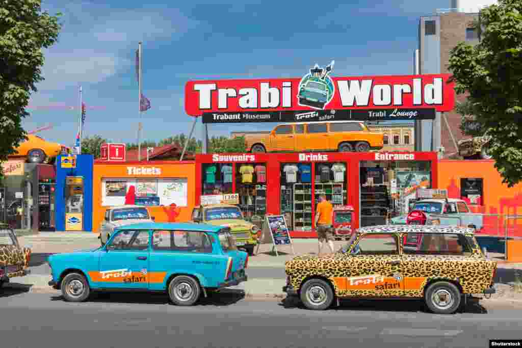 В Берлине энтузиасты автомобиля даже основали новый бизнес.