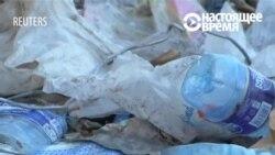 В Кении из мусора начали делать лодки