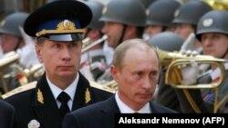 Виктор Золотов с Владимиром Путиным
