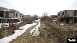 Брошенная после российско-грузинской войны деревня в Южной Осетии