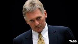 Дмитрий Песков, пресс-секретарь президента России, отец Николая Чоулза