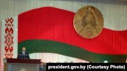Александр Лукашенко принимает участие в I Всебелорусском народном собрании, Минск, 19-20 октября 1996 года