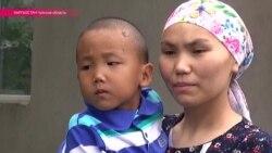 Парализованный киргизский мальчик получил электромобиль из Японии