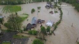 #ВУкраине: как спасаются от паводков жители Прикарпатья