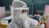 В Казахстане обещанные миллионые компенсации выплатили семьям трех умерших от COVID-19 врачей
