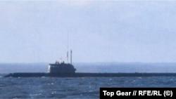 """Единственная существующая фотография """"Лошарика"""". Лодка спущена на воду в 2003 году"""