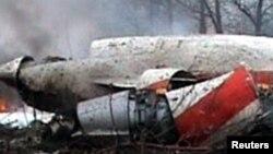 Обломки самолета Ту-154М, потерпевшего крушение под Смоленском, апрель 2010 года