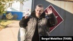 Избитый сотрудниками Ярославского УФСИН Евгений Макаров вышел на свободу, 2 октября 2018 года. Фото: ТАСС