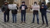 Азия: новые версии убийства Жанболата Агадила