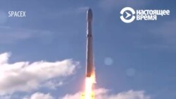 SpaceX запустила на орбиту электрокар Tesla с манекеном-водителем