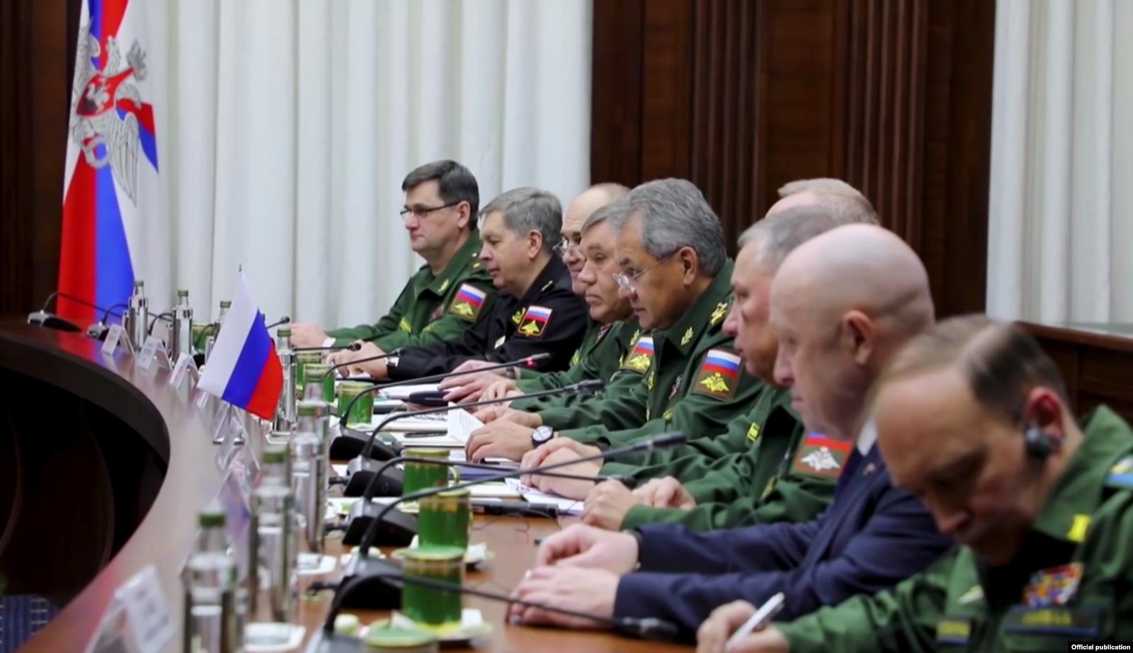 Переговоры с делегацией фельдмаршала Хафтара. Евгений Пригожин — второй справа