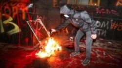 Была ли акция в поддержку Стерненко у офиса президента Украины мирной? Дискуссия активиста Романа Синицына и политика Зоряна Шкиряка