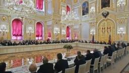 Заседание Госсовета в Кремле в 2004 году. Фото: Reuters