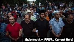 Armenia--Yerevan. June 28, 2015. Protests. RFE/RL/Petr Shelomovskiy