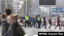 Полиция Праги на акции протеста 16 ноября 2019 года