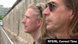 """Райк и Андреас Адам. Кадр из фильма """"Поджигатели стены"""""""
