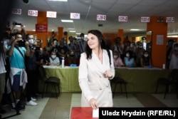 Светлана Тихановская голосует на избирательном участке в Минске. 9 августа