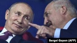 В совокупности Владимир Путин и Александр Лукашенко находятся у власти уже 48 лет