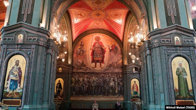 Интерьеры храма в Кубинке