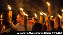 Протестующие в Шарлотсвилле