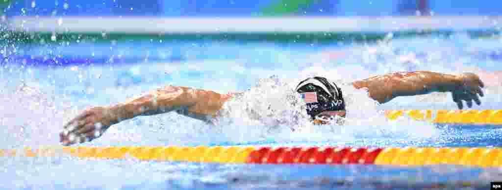 В этом году американский пловец Майкл Фелпс побил мировой олимпийский рекорд 2000-летней давности по количеству побед в индивидуальных соревнованиях. До этого обладателем рекорда был Леонид Родосский, выступавший на Олимпиадах с 164 по 152 годы до нашей эры. В его арсенале было 12 индивидуальных побед. У Фелпса теперь – 13