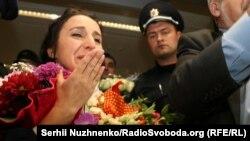 Джамала в аэропорту Киева после победы на Евровидении