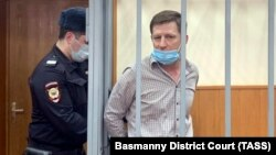 4 июня Басманный суд Москвы до одного годапродлилсрок содержания под стражей бывшего губернатора Хабаровского края