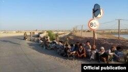 Афганским военным разрешили беспрепятственно пройти на территорию Таджикистана. Фото пресс-центра погранвойск ГКНБ Таджикистана