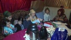 В Душанбе семья из 23 человек почти год живет в палатке