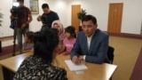 Азия: матери Казахстана требуют жилье