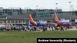 Эвакуация пассажиров из аэропорта Форт-Лодердейл, 6 января 2016