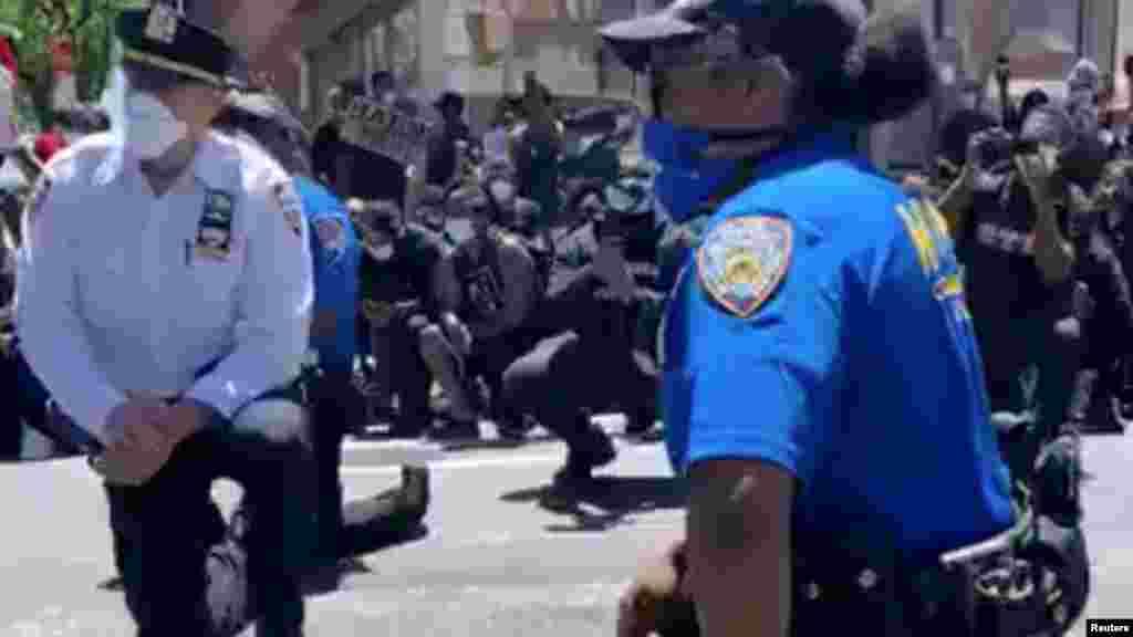 Полицейские в Нью-Йорке, 31 мая 2020