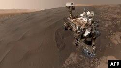 Селфи, сделанное марсоходом Curiosity, опубликованное 31 января 2016